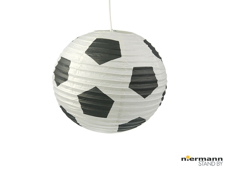 papier lampenschirm mit fussball motiv. Black Bedroom Furniture Sets. Home Design Ideas